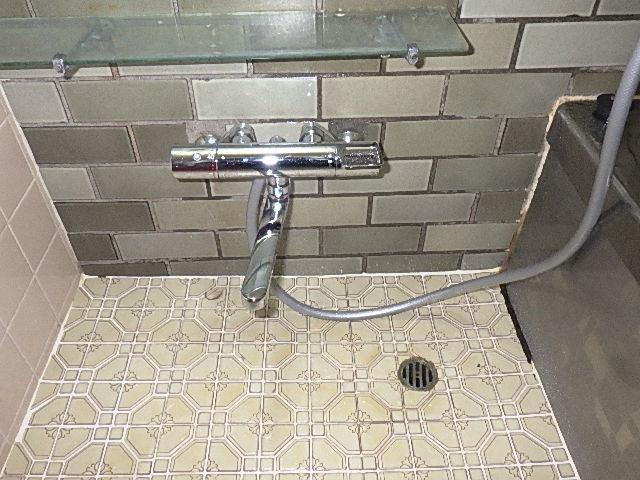 サーモシャワー水栓を交換しました