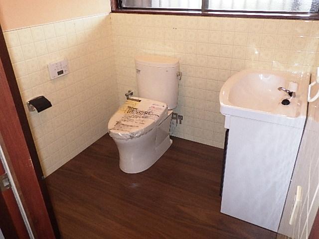 トイレ・洗面化粧台をリフォームしました