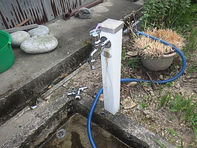 氷見市の小工事 「水栓柱の水栓交換」