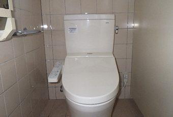 氷見市のトイレリフォーム 「最新のトイレで節水&お掃除ラクラク」