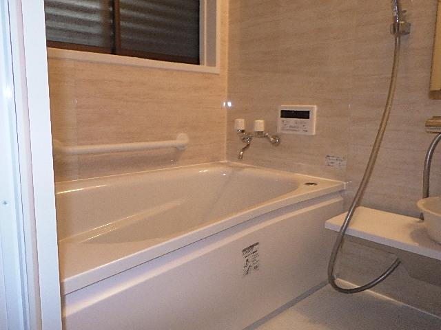 氷見市の浴室リフォーム 「冬でも快適、あたたかシステムバス」