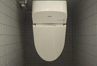 氷見市のトイレリフォーム 「美しいローシルエット♪加えて、自動洗浄付き‼ 」