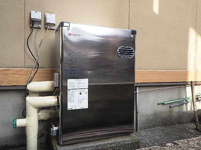 氷見市の灯油ボイラー交換工事 「錆びにくいステンレス外装☆」