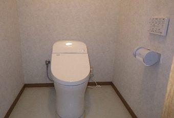 氷見市のトイレリフォーム 「ノンストレス!一体型トイレ☆」