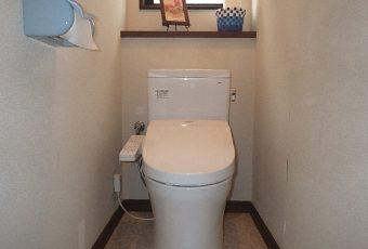 氷見市のトイレリフォーム 「ナノレベルでツルツル!防汚性に優れたトイレ」