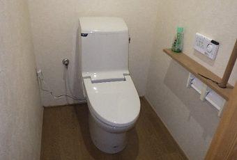氷見市の便座交換 「シャワートイレ(一体型)の代替商品に」