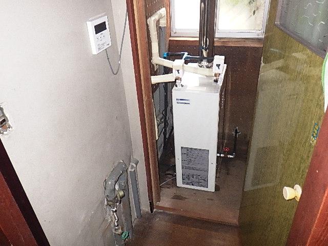 氷見市の灯油ボイラー交換 「給湯専用、屋内用」