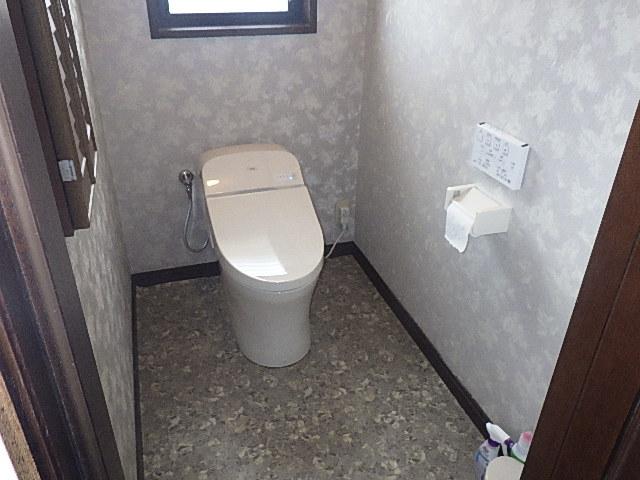 氷見市のトイレリフォーム 「TOTO一体型トイレ GGシリーズ」
