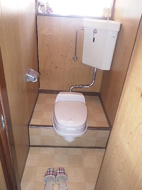【氷見市】I様邸 和式トイレを洋式化 工事スタート!