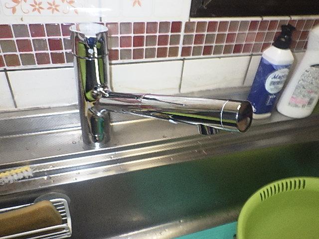 氷見市の水栓交換 「シングル混合水栓」
