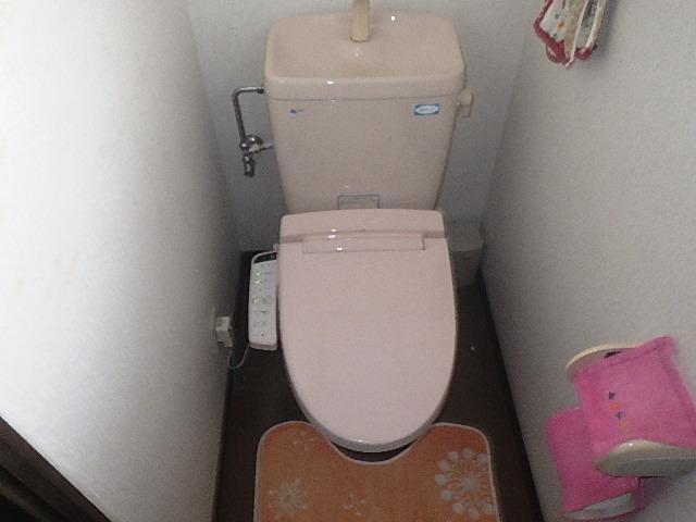 氷見市の便座交換 「リクシル シャワートイレ」