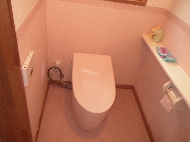 氷見市のトイレ交換 「TOTO製 ネオレスト」