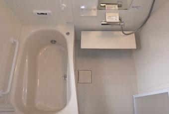 氷見市の浴室リフォーム 『冷たいタイル風呂からシステムバスへ』