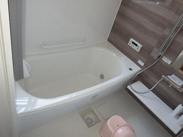 氷見市の浴室リフォーム『タイル風呂からシステムバスへ』